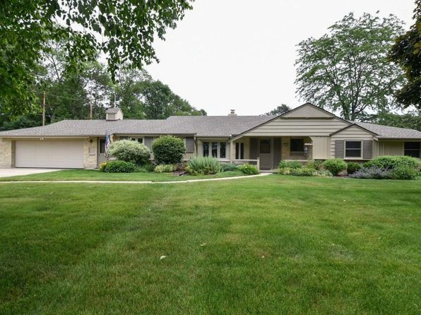 3 bed 3 bath Single Family at 7860 N Fairchild Rd Milwaukee, WI, 53217 is for sale at 360k - 1 of 25