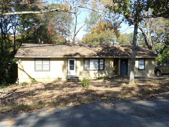 3 bed 1 bath Single Family at 156 Stewart Cir NW Milledgeville, GA, 31061 is for sale at 30k - 1 of 9