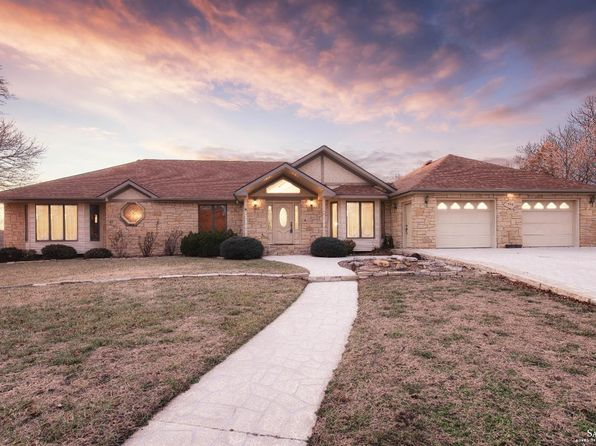 4 bed 4 bath Single Family at 706 Victoria Heights Ter Salina, KS, 67401 is for sale at 337k - 1 of 41