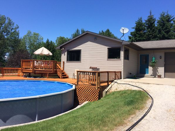 3 bed 2 bath Single Family at N8604 Black Ash Rd Algoma, WI, 54201 is for sale at 235k - 1 of 12