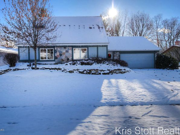 3 bed 3 bath Single Family at 858 Tierra St SE Kentwood, MI, 49508 is for sale at 165k - 1 of 25