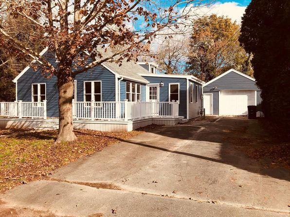 4 bed 2 bath Single Family at 5 Jeannette St Fairhaven, MA, 02719 is for sale at 330k - 1 of 23