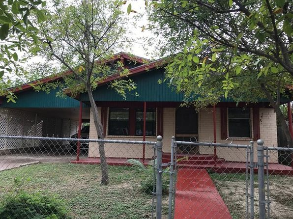 3 bed 1 bath Single Family at 1678 Taft St Eagle Pass, TX, 78852 is for sale at 99k - 1 of 12