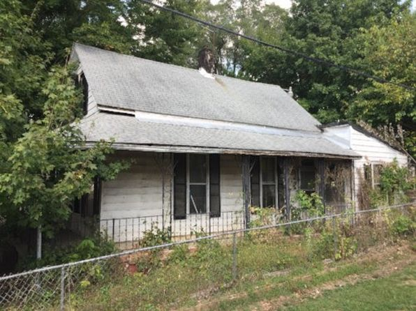 3 bed 1 bath Single Family at 505 S Pleasant St Edinburgh, IN, 46124 is for sale at 7k - 1 of 5