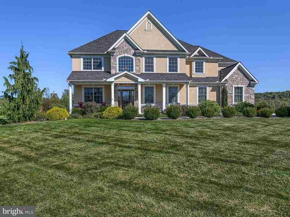 4 bed 4 bath Single Family at 123 Buttercup Ln Wellsville, PA, 17365 is for sale at 470k - 1 of 42