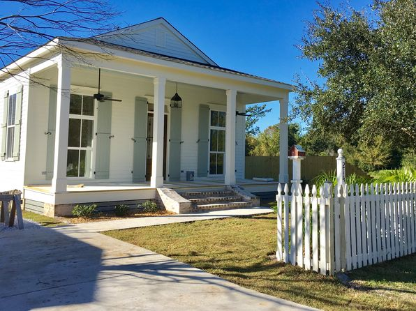 3 bed 2 bath Single Family at 214 Citizen St Bay St Louis, MS, 39520 is for sale at 368k - 1 of 13