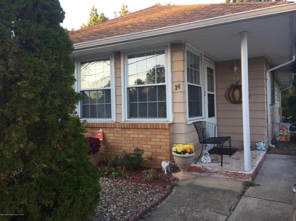 1 bed 1 bath Single Family at 24 Mount Dashan Ln Toms River, NJ, 08753 is for sale at 93k - 1 of 3
