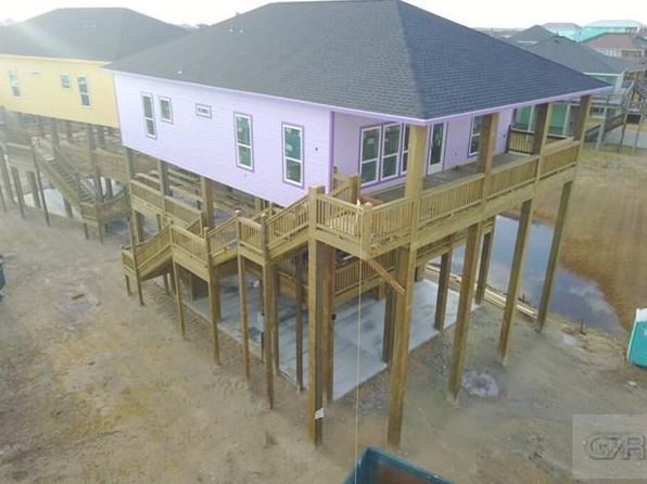 3 bed 2 bath Single Family at 975 Stingaree Dr Crystal Beach, TX, 77650 is for sale at 600k - 1 of 4