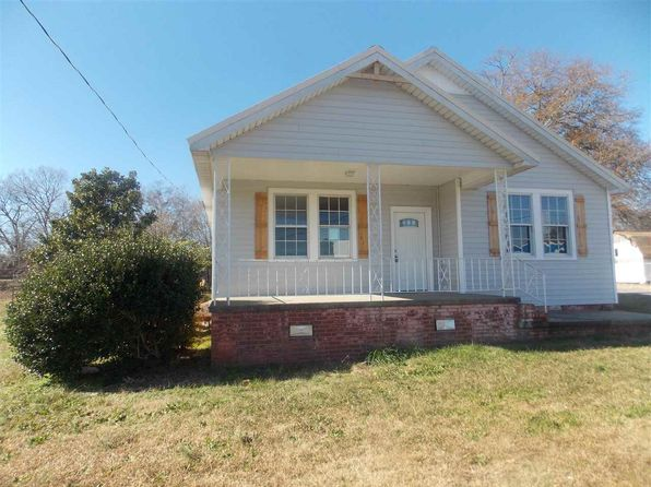 3 bed 1 bath Single Family at 6 S Piedmont Hwy Piedmont, SC, 29673 is for sale at 119k - 1 of 23
