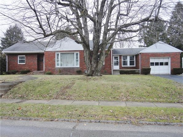 3 bed 1 bath Single Family at 131 Winfield Dr Grove City, PA, 16127 is for sale at 155k - google static map
