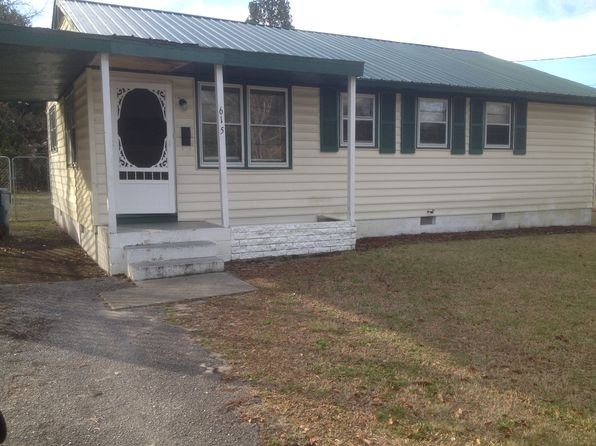 3 bed 1 bath Single Family at 615 Elm St Jacksonville, NC, 28540 is for sale at 45k - 1 of 18
