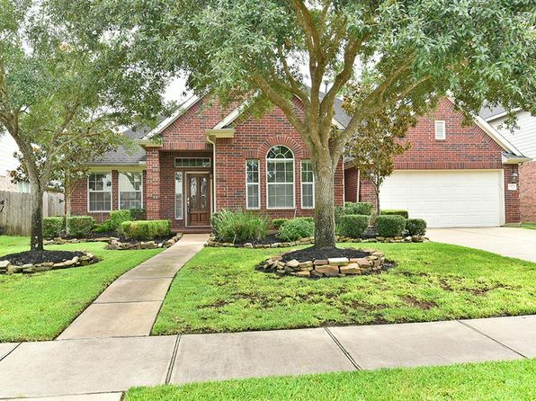 3 bed 3 bath Single Family at 15831 Hurstfield Pointe Dr Cypress, TX, 77429 is for sale at 300k - 1 of 31