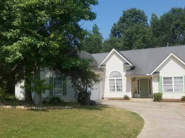 4 bed 2 bath Single Family at 365 River Landing Dr Monroe, GA, 30656 is for sale at 157k - 1 of 19