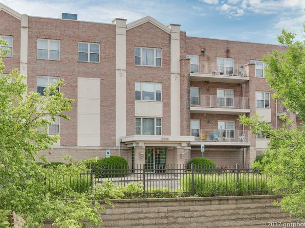 2 bed 2 bath Condo at 1200 S Prospect Ave Elmhurst, IL, 60126 is for sale at 272k - 1 of 25