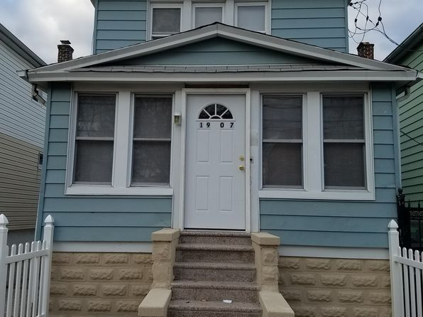 3 bed 3 bath Single Family at 1907 Lacombe Ave Bronx, NY, 10473 is for sale at 450k - 1 of 26