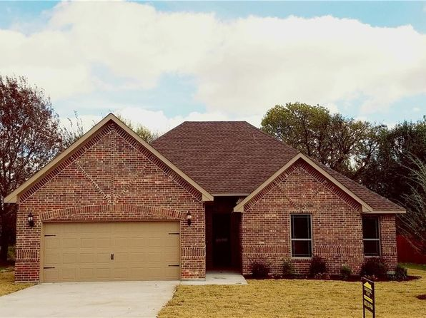 3 bed 2 bath Single Family at 2236 Sagebrush Dr Glenn Heights, TX, 75154 is for sale at 250k - 1 of 9