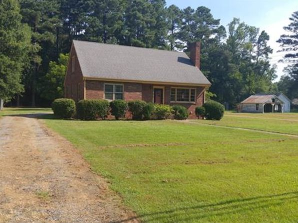 4 bed 2 bath Single Family at 326 E Main Sussex, VA, 23890 is for sale at 150k - 1 of 11
