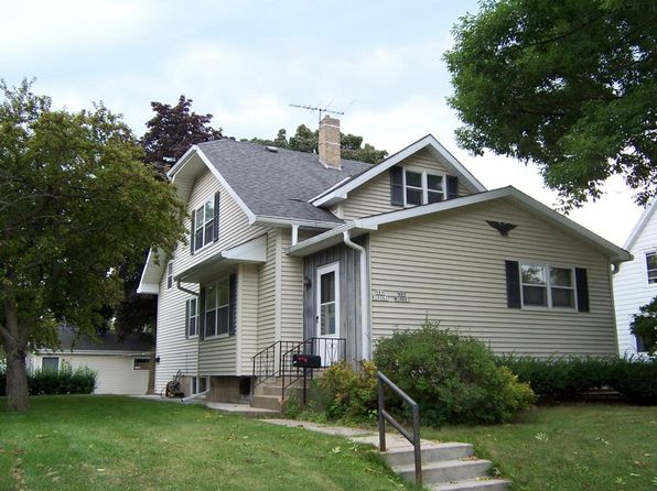 2 bed 1 bath Multi Family at N89W16061 Main St Menomonee Falls, WI, 53051 is for sale at 198k - 1 of 25