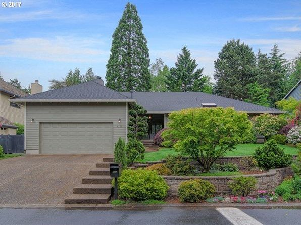 3 bed 3 bath Single Family at 4716 SW Dosch Park Ln Portland, OR, 97239 is for sale at 660k - 1 of 31