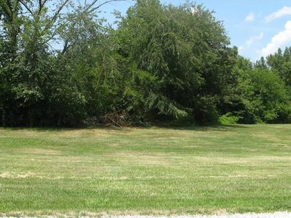 null bed null bath Vacant Land at 32 Edgewood Ln Highland, IL, 62249 is for sale at 40k - 1 of 4