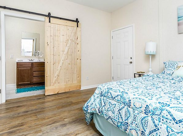 2 bed 2 bath Single Family at 1720 Avenue N 1/2 Galveston, TX, 77550 is for sale at 185k - 1 of 10