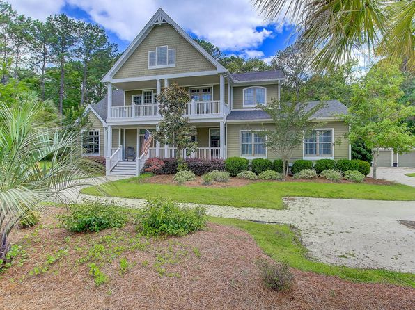 4 bed 4 bath Single Family at 3333 WESTPHAL DR JOHNS ISLAND, SC, 29455 is for sale at 675k - 1 of 38