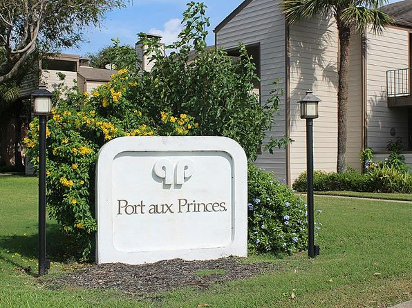 1 bed 1 bath Townhouse at 7023 N Holiday Dr Galveston, TX, 77550 is for sale at 87k - 1 of 17