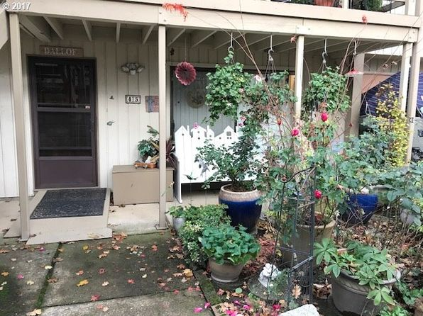 2 bed 1 bath Condo at 1100 N Meridian St Newberg, OR, 97132 is for sale at 198k - 1 of 11