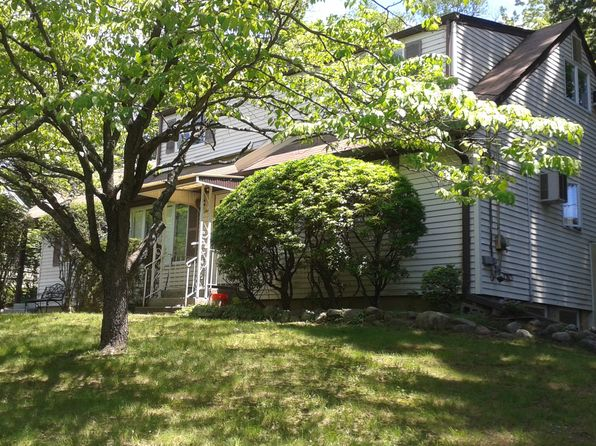 5 bed 4 bath Single Family at 7 Manor Dr Monsey, NY, 10952 is for sale at 775k - google static map