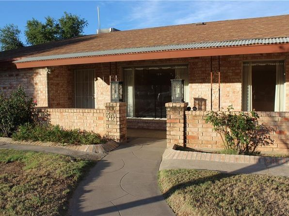 4 bed 3 bath Single Family at 301 Kingswood Dr El Paso, TX, 79932 is for sale at 249k - 1 of 31