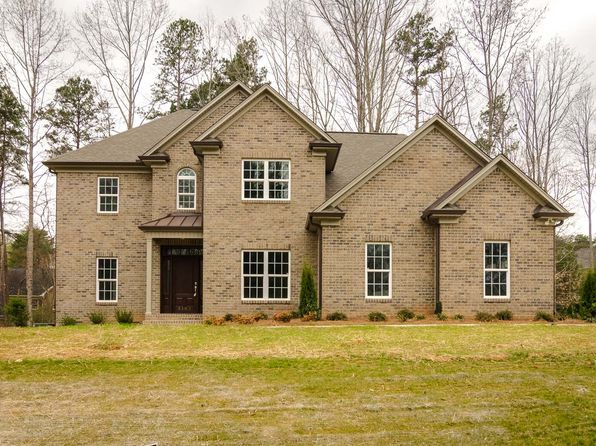 4 bed 4 bath Single Family at 5103 MILLSTAFF DR OAK RIDGE, NC, 27310 is for sale at 425k - 1 of 31