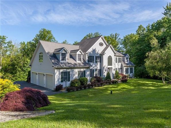4 bed 5 bath Single Family at 19 Weldon Woods Rd New Fairfield, CT, 06812 is for sale at 679k - 1 of 25