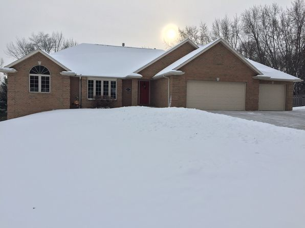 4 bed 3 bath Single Family at 3197 Early Bird Ln Green Bay, WI, 54313 is for sale at 329k - 1 of 17