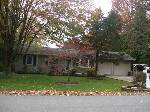 3 bed 2 bath Single Family at 121 Evergreen Dr Lodi, OH, 44254 is for sale at 148k - 1 of 26