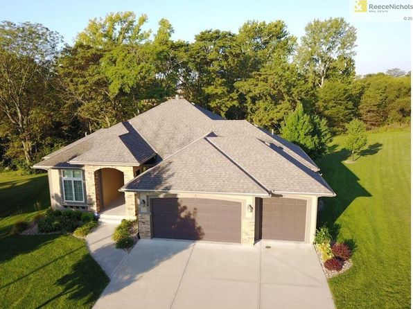 4 bed 4 bath Single Family at 9034 N Cypress Ave Kansas City, MO, 64156 is for sale at 419k - 1 of 25
