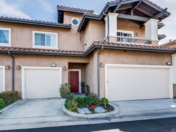 2 bed 2 bath Condo at 17762 Liberty Ln Fountain Valley, CA, 92708 is for sale at 475k - 1 of 51