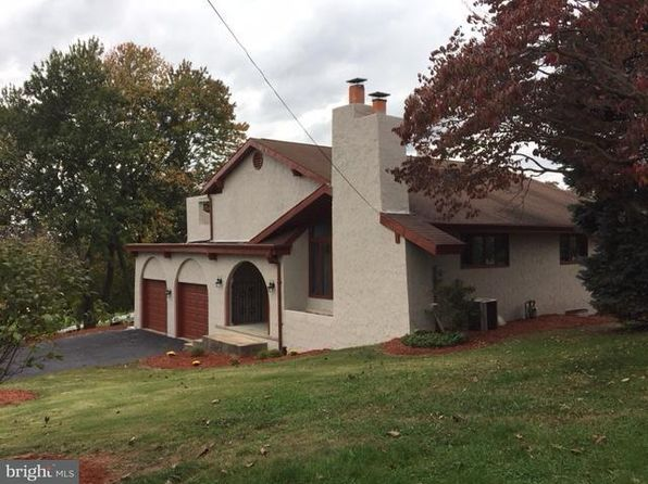 2 bed 2 bath Single Family at 851 Delaware Ave York, PA, 17404 is for sale at 114k - 1 of 27