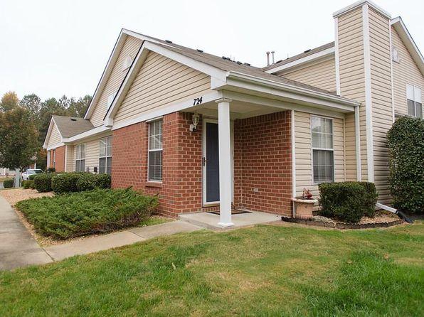3 bed 2 bath Condo at 724 Oak Mill Ln Newport News, VA, 23602 is for sale at 159k - 1 of 31
