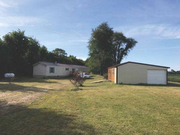 3 bed 1 bath Mobile / Manufactured at 11039 E Cr 700n Bath, IL, 62617 is for sale at 55k - 1 of 9