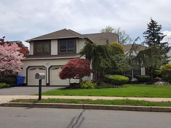 5 bed 3 bath Single Family at 1662 Ohio Ave North Brunswick, NJ, 08902 is for sale at 543k - 1 of 25