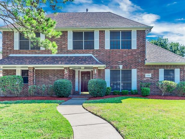 3 bed 3 bath Single Family at 13354 Balcrest Dr Houston, TX, 77070 is for sale at 215k - 1 of 31