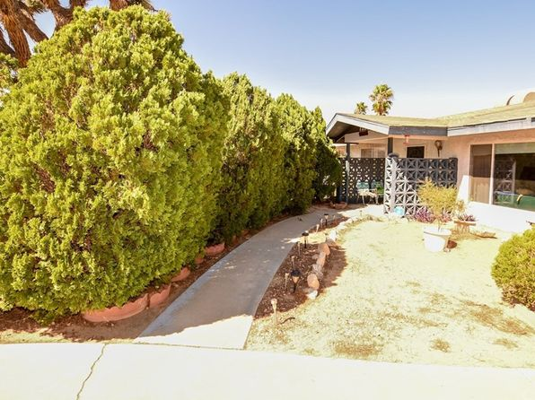 2 bed 2 bath Single Family at 7221 Emerson Ave Yucca Valley, CA, 92284 is for sale at 215k - 1 of 31