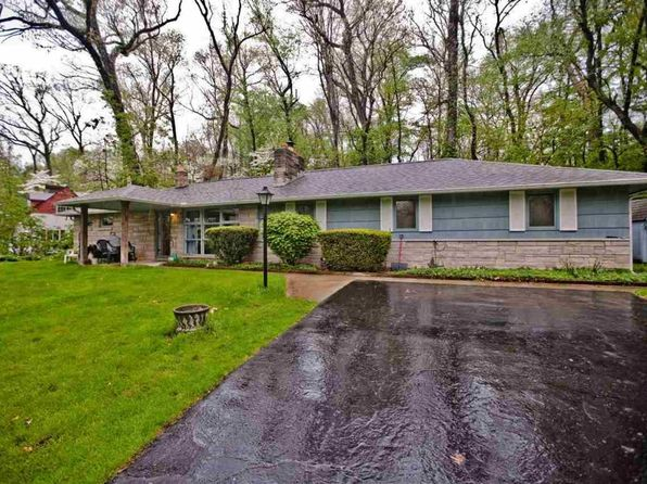 4 bed 2 bath Single Family at 17881 Edgewood Walk South Bend, IN, 46635 is for sale at 160k - 1 of 17