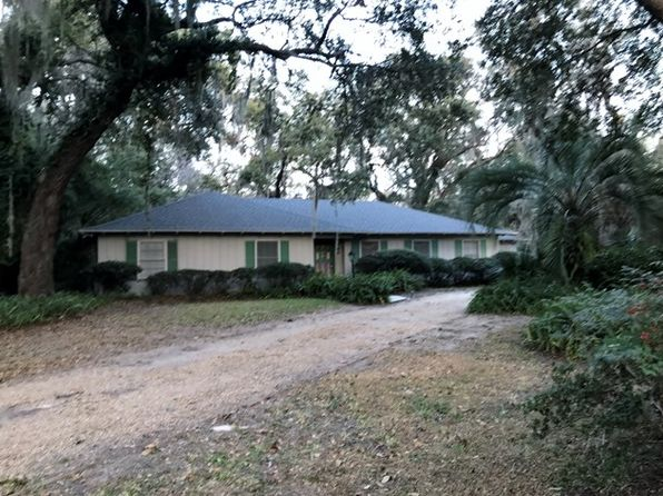 3 bed 2 bath Single Family at 104 Saint Clair Dr St Simons Island, GA, 31522 is for sale at 350k - google static map