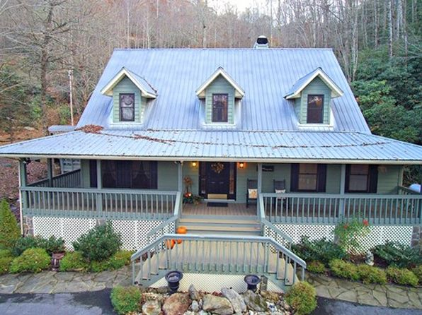 3 bed 3 bath Single Family at 284 Forest Run Rd Whittier, NC, 28789 is for sale at 400k - 1 of 40