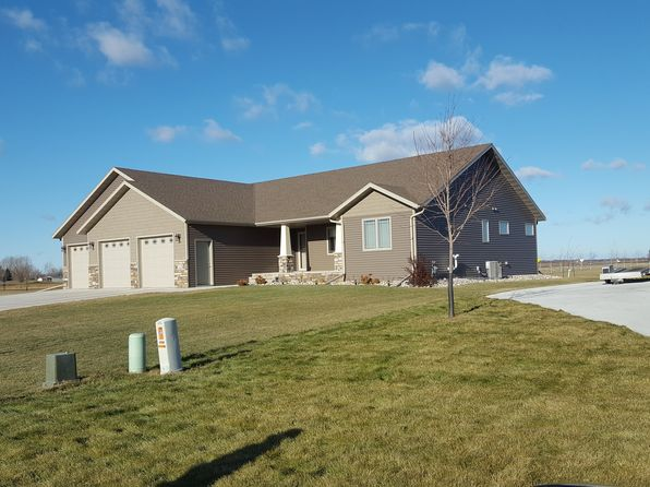 4 bed 4 bath Single Family at 2526 Pebble Beach Rd East Grand Forks, MN, 56721 is for sale at 435k - 1 of 30