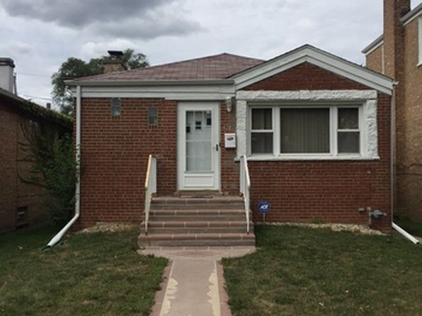 3 bed 2 bath Single Family at 820 Bellwood Ave Bellwood, IL, 60104 is for sale at 135k - 1 of 13