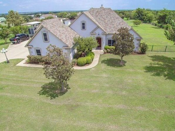 3 bed 3 bath Single Family at 1345 E Highland Rd Waxahachie, TX, 75167 is for sale at 272k - 1 of 28