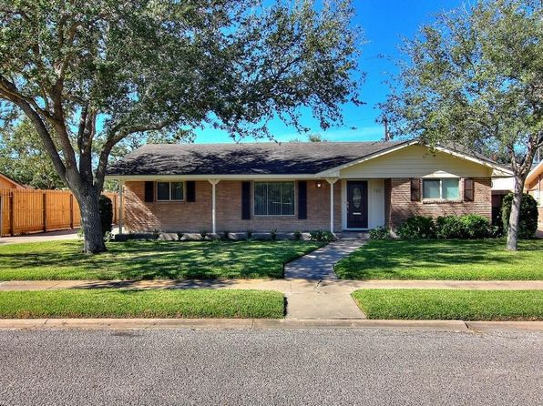 3 bed 2 bath Single Family at 710 Philomena Dr Corpus Christi, TX, 78412 is for sale at 215k - 1 of 40