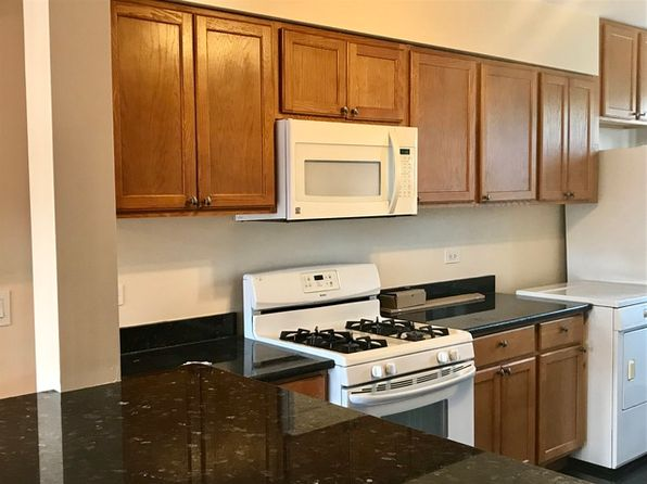 2 bed 1 bath Condo at 4318 W Lawrence Ave Chicago, IL, 60630 is for sale at 125k - 1 of 4